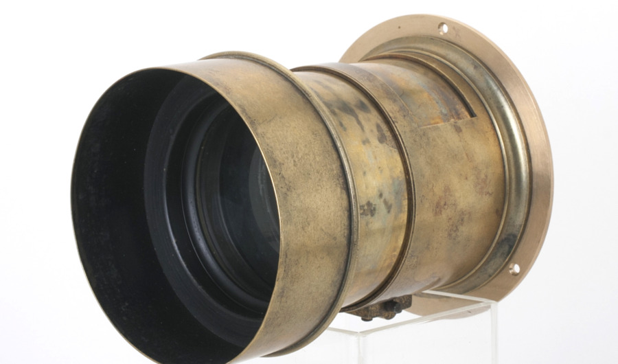Darlot Paris Petzval lens F=3,3 – 205 mm